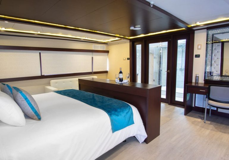 Grand Majestic - First-Class Galapagos Cruise (Suite 2)