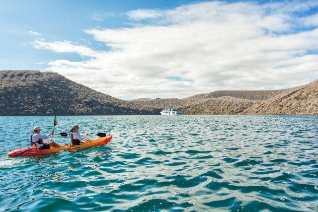 Isabella II Galapagos Cruise-kayak